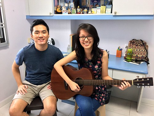 Beginner guitar lessons Singapore Vanessa