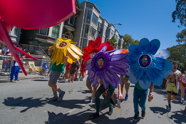 Bay To Breakers 2017: Moonshines Philosophically Subserve