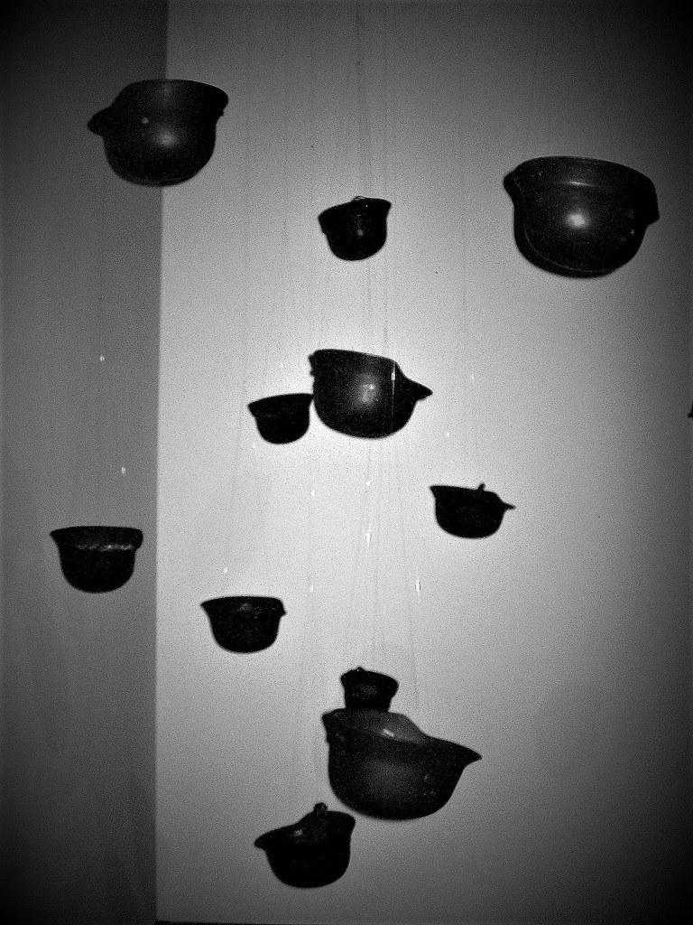DAS GIFT – Yoko Ono Exhibition In Berlin 2010