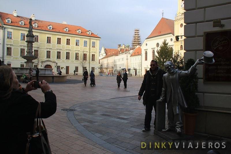 Bratislava -2- Plaza Hlavné Námestié 004