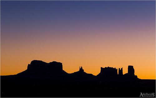 adelheidsphotography adelheidsmitt adelheidspictures america unitedstates usa utah monumentvalley silhouette rocks sunrise oljato navajo gouldings verenigdestaten sky view outdoor