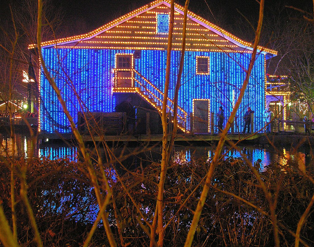 Dollywood Christmas.Christmas Lights Dollywood In Pigeon Forge Tn I Placed