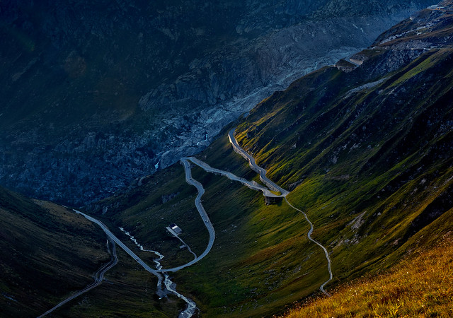 Sunset on the way up to the Furka pass.No. 3250.