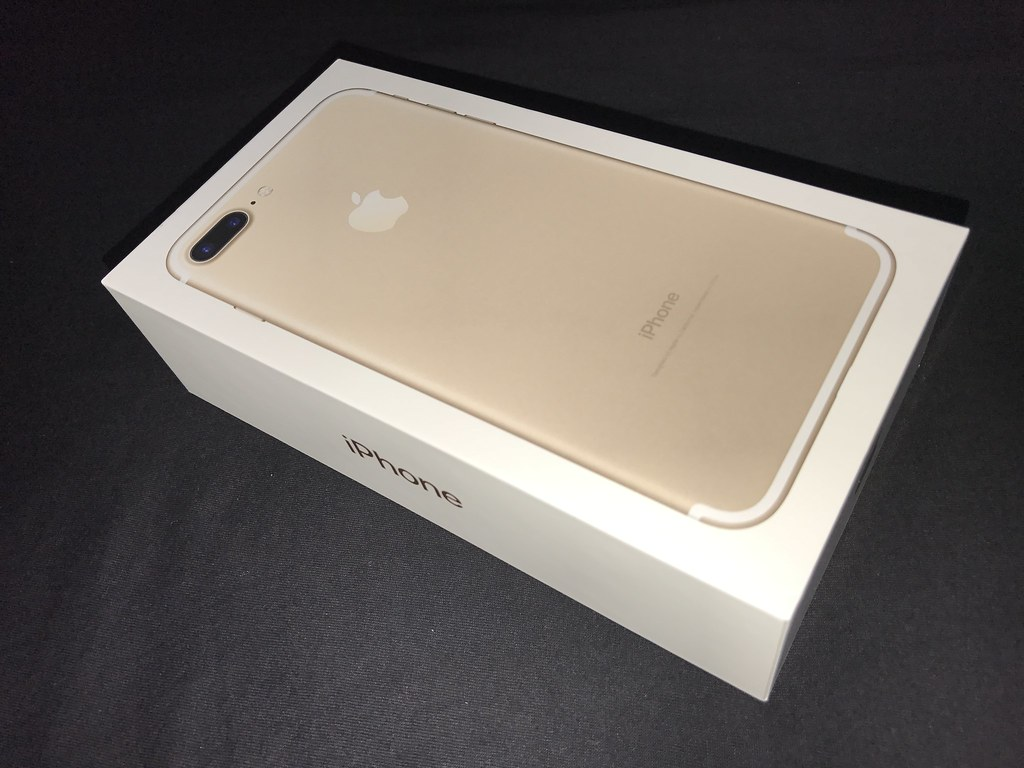 iPhone 7 Plus Gold box (2) | Taken with iPhone 7 Plus  | Flickr