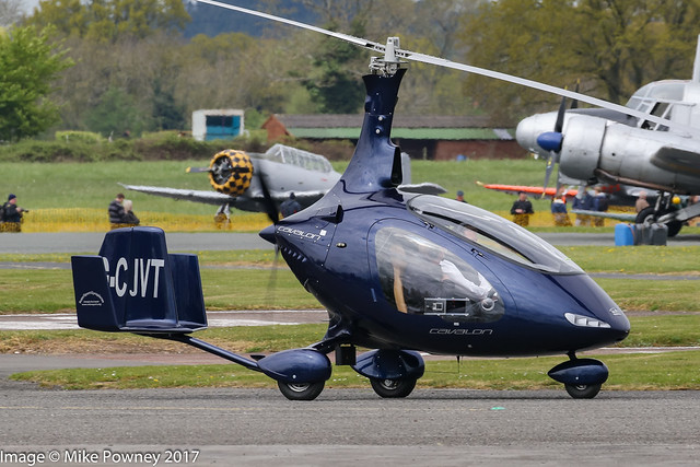 G-CJVT - 2016 build Rotorsport UK Cavalon, taxiing out for a demo flight at Halfpenny Green