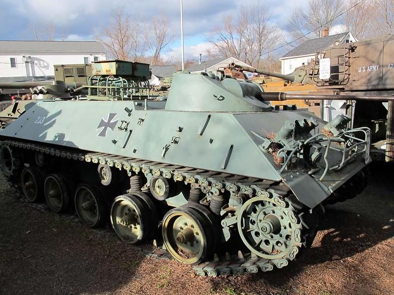 Schutzenpanzer Lang HS.30 1