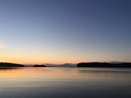 Predawn - Departure Bay | by Lloyd K. Barnes Photography