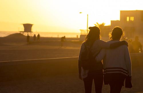 women friends sunset beach walk orange huntingtonbeach socal ocean pacific california coast usa canonphotos canonphotographer canonrebel