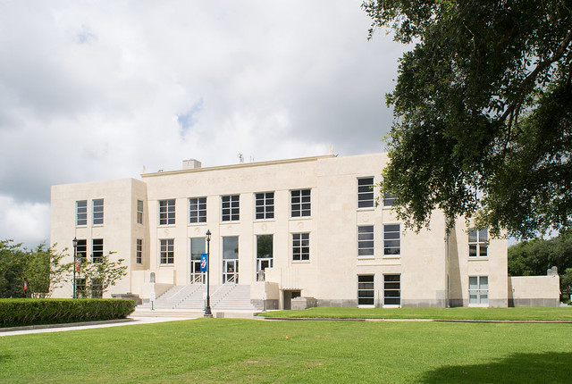 Chambers County Courthouse, Anahuac, Texas 1706111135