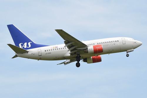 Scandinavian Airlines Boeing 737-700; LN-RNN@ZRH;18.05.2017   by Aero Icarus
