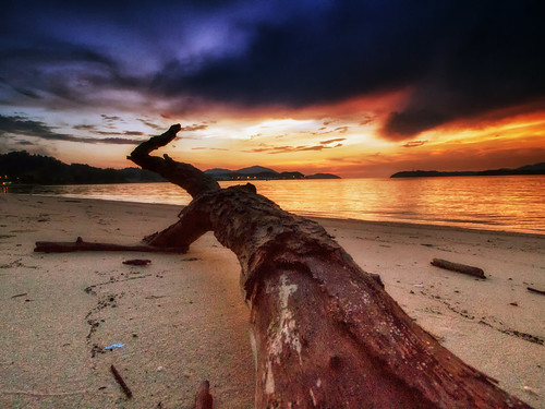 lumut perak malaysia travel place trip sunset sundown cloud sky canon eos700d canoneos700d canonlens 10mm18mm wideangle explore