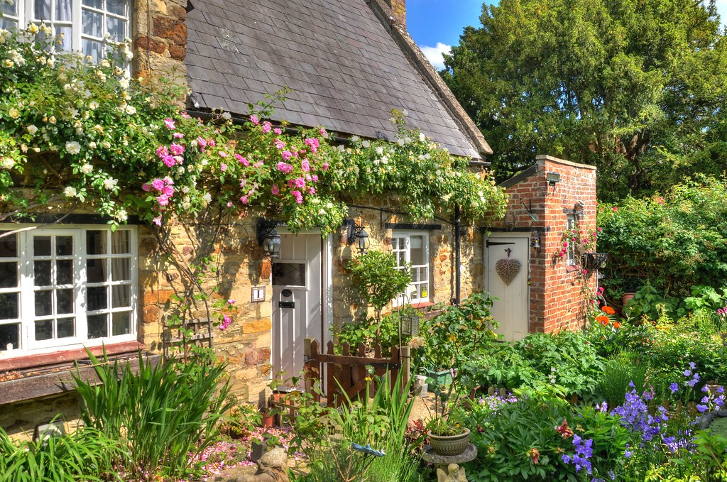 English Country Cottage Northamptonshire This Is The Deli Flickr