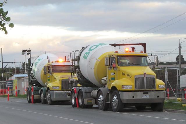 Kenworth T359 agitator trucks