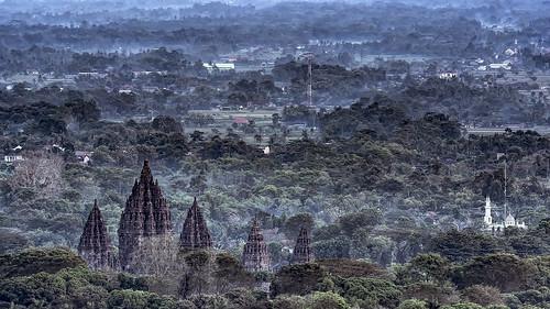 nationalpark tropical traditional classic landmark ancient heritage yogyakarta indonesia worship religion hindu temple prambanan