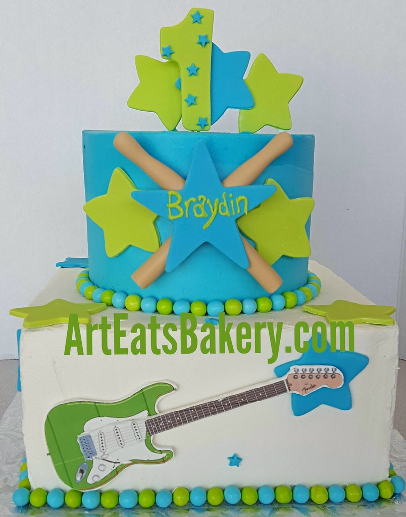 Pleasant Rock And Roll Musician Themed Buttercream Birthday Cake Wi Flickr Funny Birthday Cards Online Chimdamsfinfo
