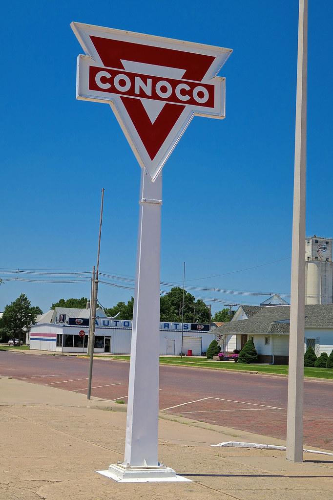Conoco, Norton, KS | Sign at a vintage Conoco Gas Station, s
