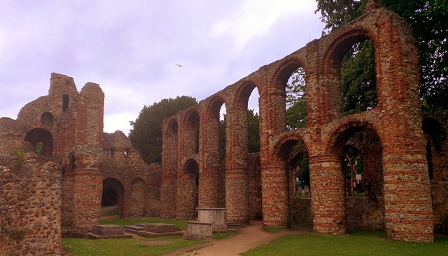 North pillars