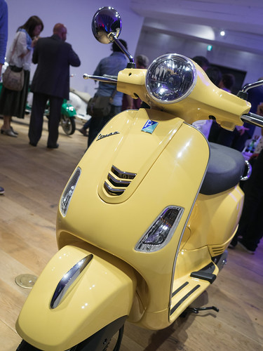 20170609_059_VESPA URBAN NIGHT OUT | by foxfoto_archives
