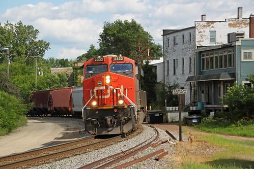 train railroad railway railfan canadiannational cn ge es44dc gevo locomotive