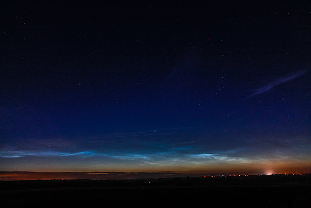 Noctilucent Clouds (1) 2:23am BST 16/06/17