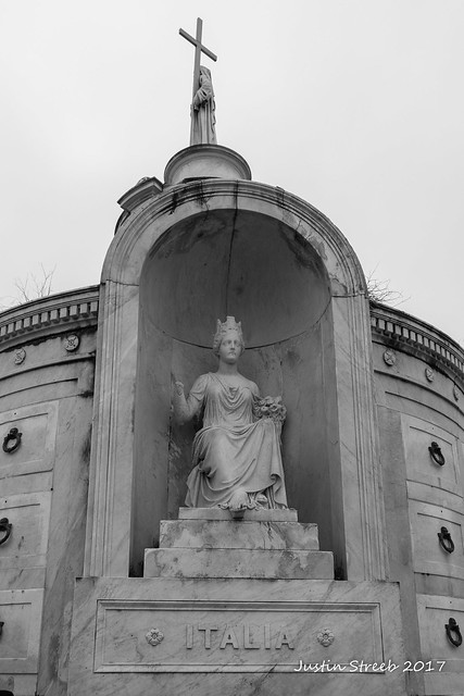 St. Louis Cemetery #1 (4)