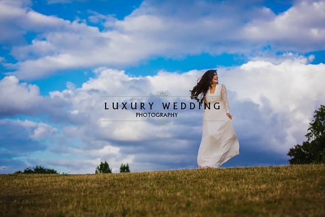 LUXURY WEDDING PHOTOGRAPHER
