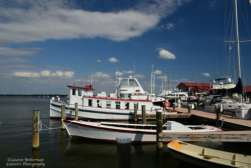 tourism postcard laurensphotography lauren3838photography waterscape waterfront boats chesapeakebaymaritimemuseum chesapeakebay md maryland easternshore stmichaels summer nikon talbotcounty d750 fx tamron2875 museum cbmm sky clouds landscape