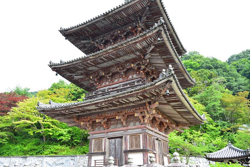 壺阪寺三重塔