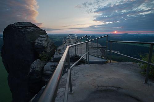 hff lilienstein sunset sonnenuntergang abend evening blauestunde sächsischeschweiz tags hinzufügen elbe landscape landschaft saxonswitzerland saxony