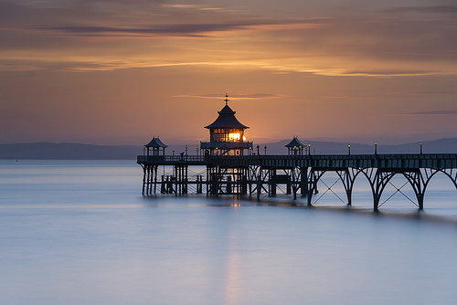 sunset pier clevedon