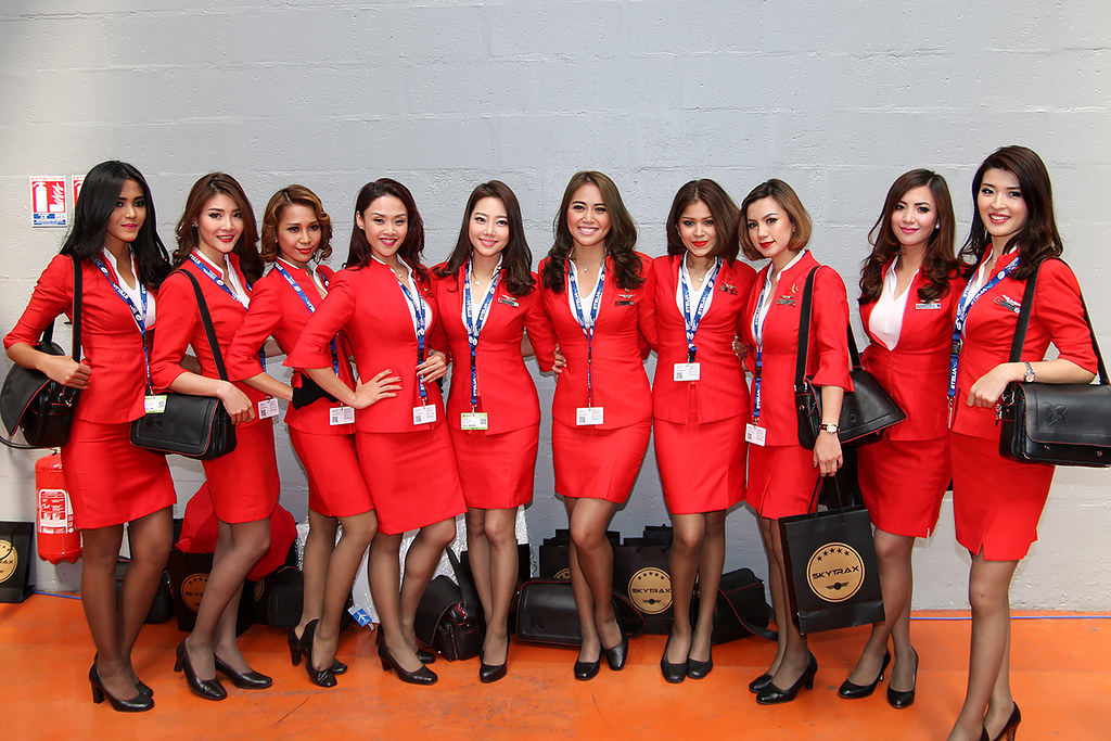 Stewardesses AirAsia X | Paris Air Show 2015 | totoro - David D ...