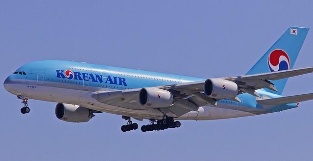 LAX/KLAX: KoreanAirlines Airbus A380-861 HL7614