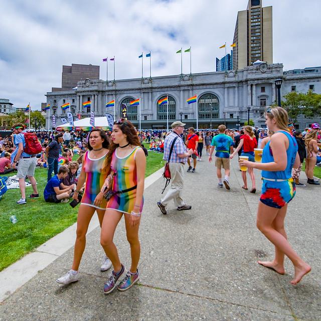 San Francisco Pride 2017: Taunt Effusion