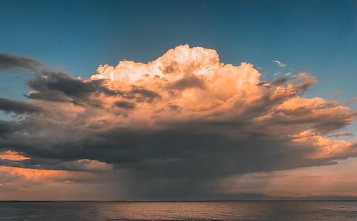 weather clouds newportrhodeisland cliffwalknewport sky stormclouds thunderstorm sunset goldenhour