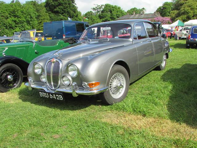 Jaguar S Type BRU642B