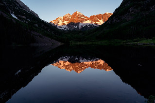 Maroon Bells as the sun rises, Aspen Colorado | by Lorie Shaull