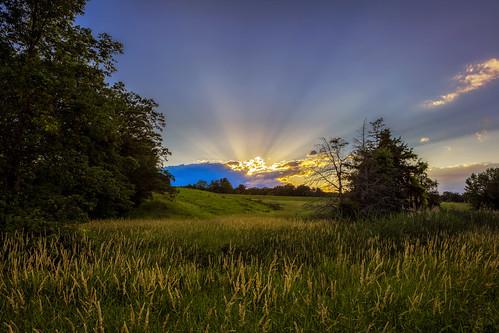 blue canon canonllenses 5dsr availablelight clouds colors 247028l llenses landscape light leaves grass hudsonvalley hoyacpl manfrotto sky sunset sun catskillnewyork upstatenewyork
