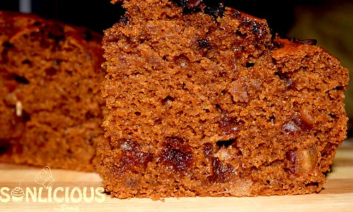 Coffee Date cake Crumbs