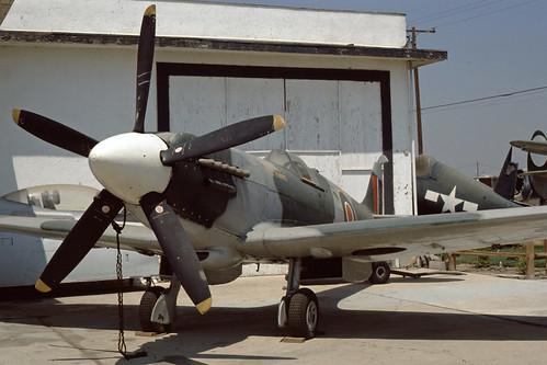 Supermarine Spitfire PR. XIX PS890