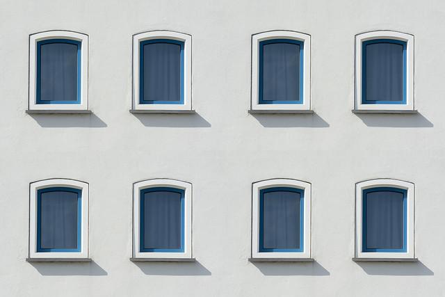 Eight windows (on Explore)