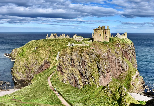Dunnottar Castle Ruins  15th Century Scottish Highlands 2017