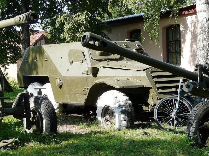 BTR-152 1