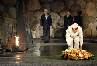 PM Modi and PM Netanyahu visiting Mount Herzl and Yad Vashem | by IsraelMFA