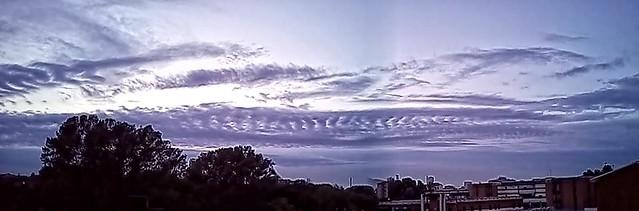 strane cose - nuvola con oblò