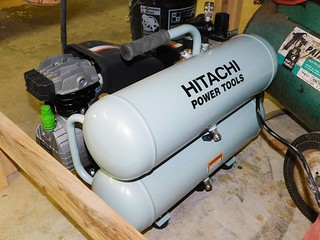 Hitachie portable air compressor | by thornhill3