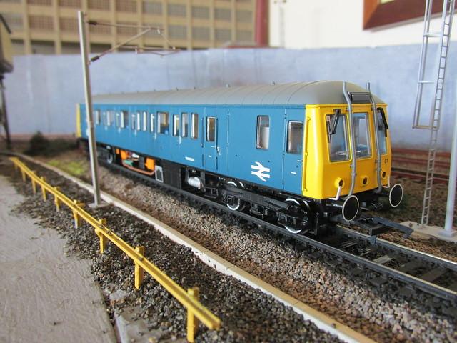 TDB975023 Thunderbird 1