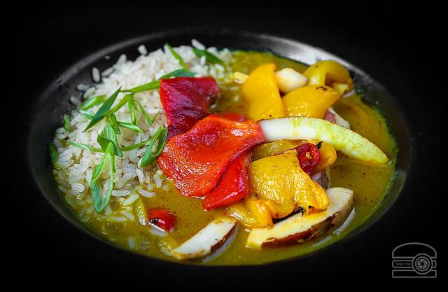 Sorak, Pez ~ Sweet Pepperpot Curry w/ Congee - Hill & Hollow