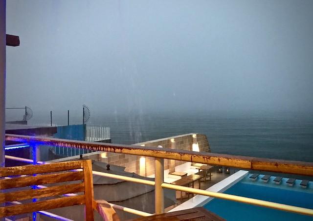 Rain at the paladar