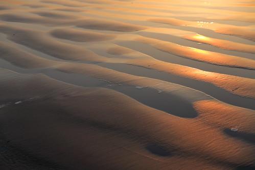 waves sunrise pattern design nature