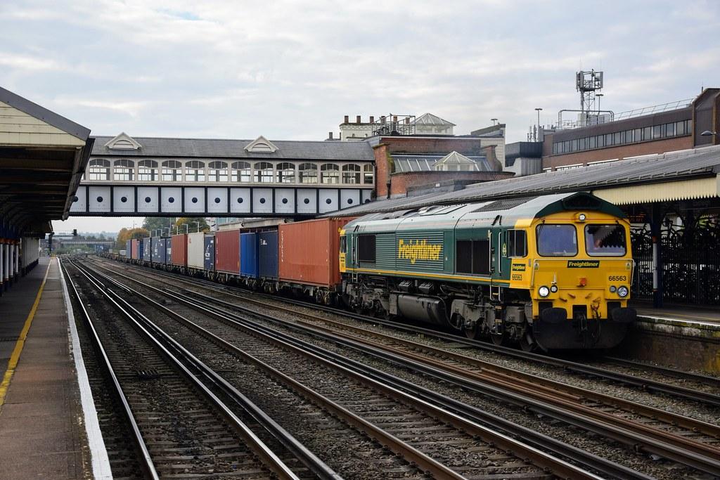 66563 4M55 Eastleigh